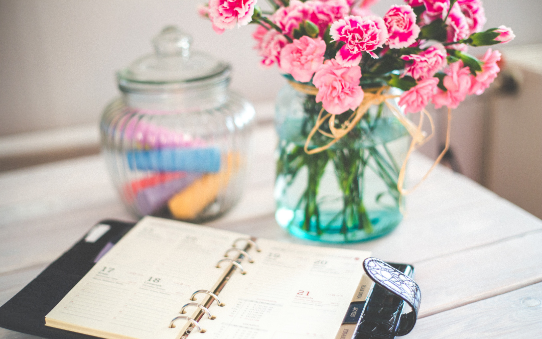 "How to ""Marie Kondo"" (Declutter + Spark Joy) Your Schedule in Five Simple Steps"